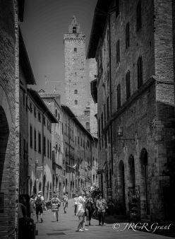 Tuscan Street Life