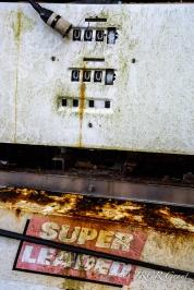 Old petrol pump reading 000