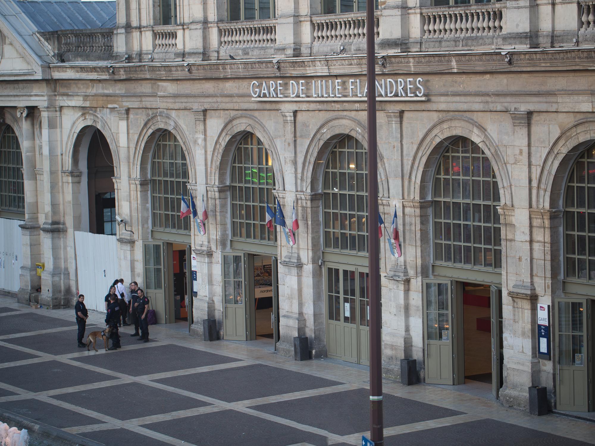 The entrance to Le Gare de Lille Flandres