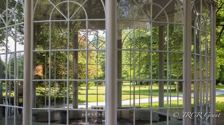 Glass of Gazebo used in Sound of Music Film